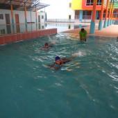 กิจกรรมเรียนว่ายน้ำ